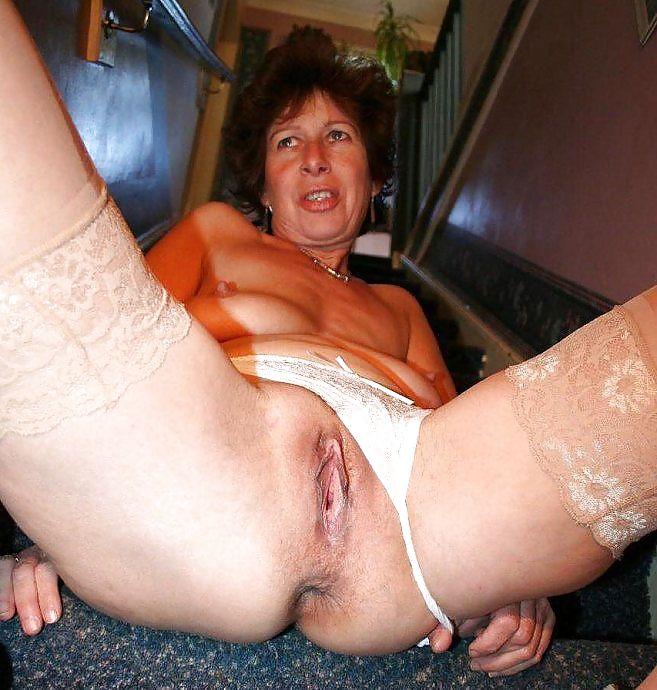 Nude Mature Sluts